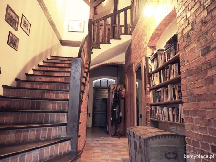 stara szkoła_biblioteka